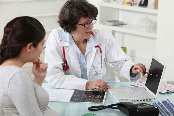 Справку может выдать терапевт, гинеколог