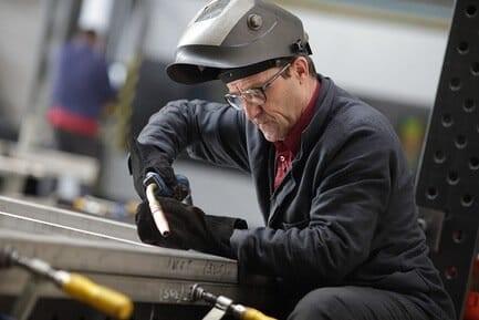 В Постановлении РФ №10 от 1991 обозначен список профессий, которые претендуют на ранний выход на пенсию