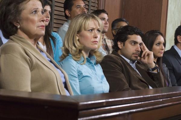 Часто люди отказываются от роли присяжного заседателя из-за страха навредить другому человеку
