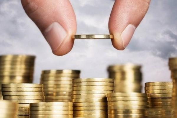 Когда гражданин служит на контрактной основе, он должен ежемесячно производить выплаты в государственные фонды