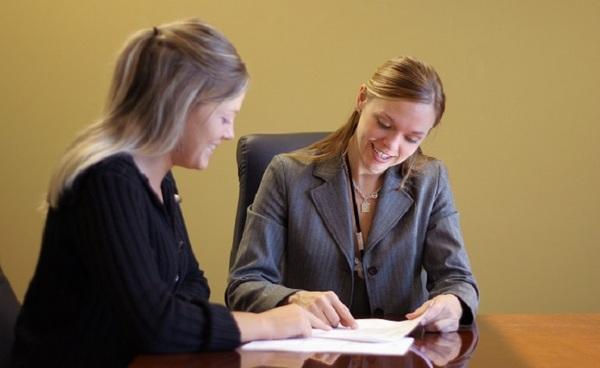 Если ребенок продолжает обучение в учебном заведении, пособие родители могут получать до 18 лет, в ином случае – до 16