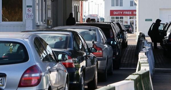 Автомобиль при определенных условиях может быть ввезен без уплаты таможенных пошлин