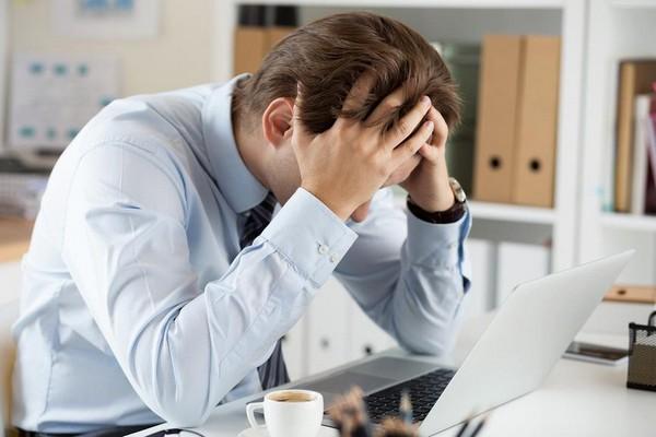 Увольнять без повода и выселять отца-одиночку из служебной квартиры работодатель не имеет права