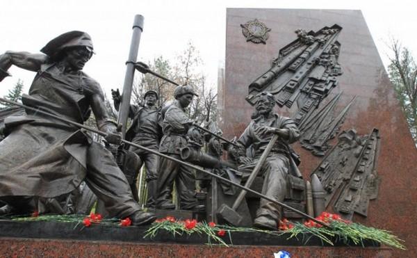 Не всегда установка памятников для умерших тружеников тыла оплачивается государством