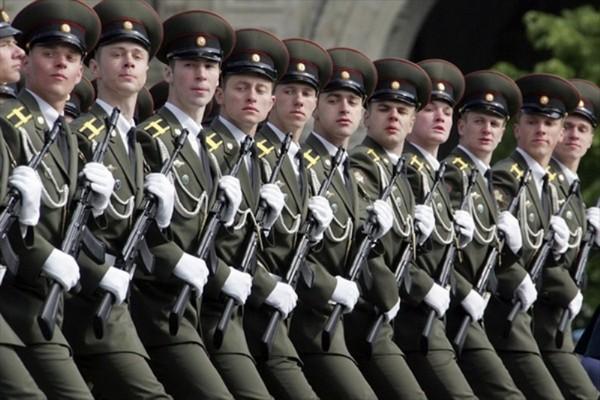 Военнослужащие не имеют права открывать ИП