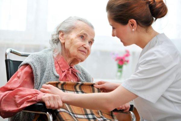 Гражданин имеет право на получение социальной пенсии на 5 лет позже общепринятого возраста выхода на пенсию (в случае пенсии по старости)