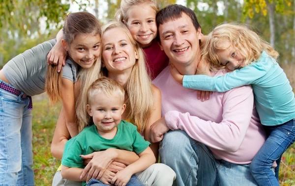 Одна семья может взять из детского дома не более 8 детей