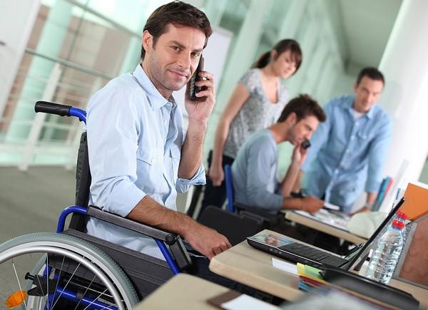 Инвалиды третьей группы вправе работать 40 и более часов в неделю, если иное не указано в медицинском заключении