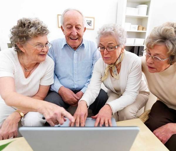 Можно проверить объем накопительной части пенсии на сайте ПФР