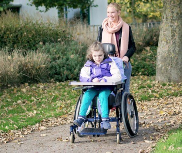 Человек, работающий в рамках трудового договора с ребенком-инвалидом, вправе отдохнуть от работы и получить за это компенсацию