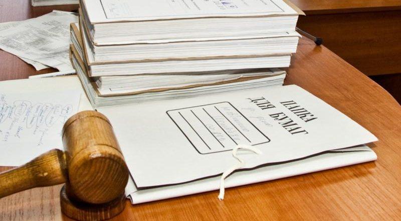 Для упрощения составления иска можно обратиться к юристу за помощью