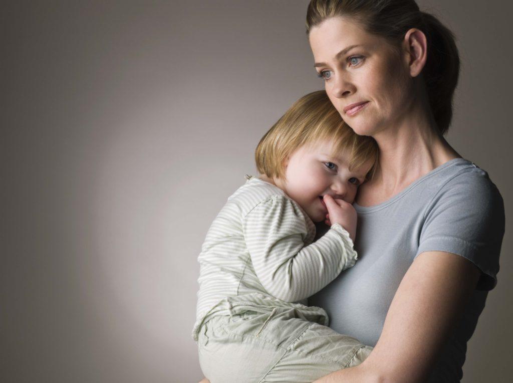 Под категорию матерей-одиночек попадают далеко не все женщины, воспитывающие детей в одиночестве