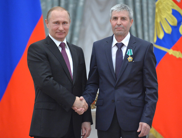 Механизатор из Татарстана Ринат Сулейманов награжден орденом Дружбы