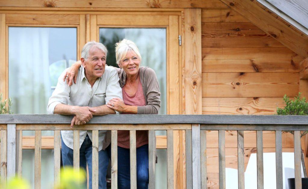 Пенсионеры, занимающиеся арендой недвижимости, имеют право на налоговый вычет