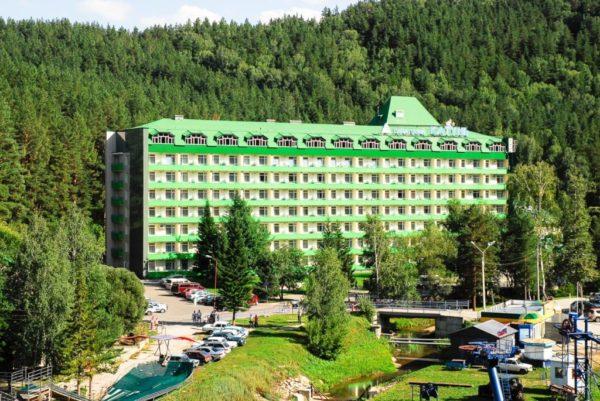 Подбором подходящего курорта для того или иного гражданина занимаются индивидуально с каждым обратившимся специалисты ФСС