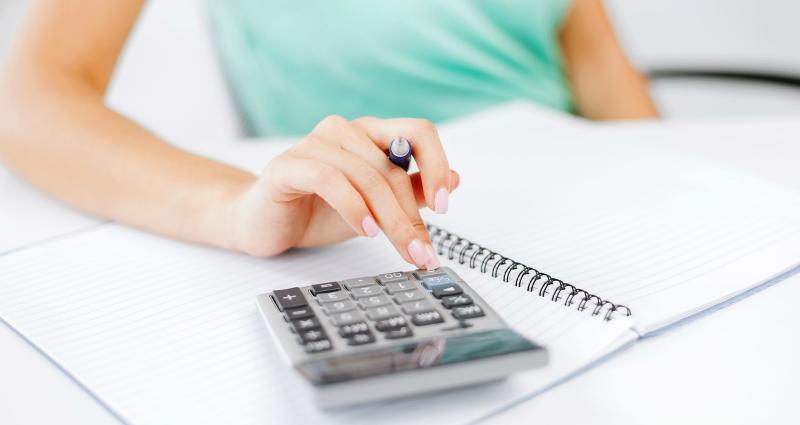При желании декретные выплаты можно рассчитать самостоятельно, опираясь на несколько параметров