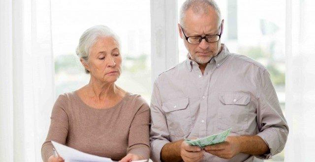 Способ оформления налогового вычета во многом зависит от трудоустройства пенсионера