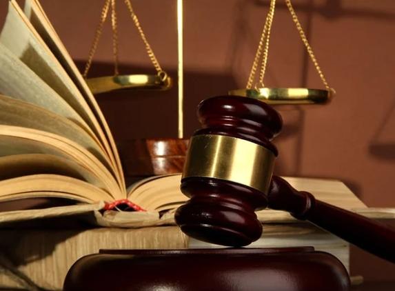 Недееспособность гражданина признается решением суда