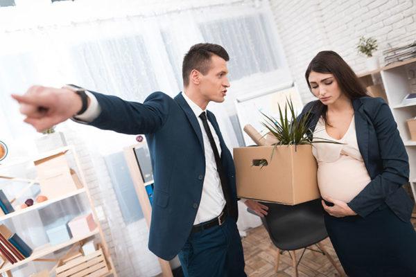 В случае увольнения принципиальное значение имеет то, по какой причине женщина разрывает отношения с нанимателем