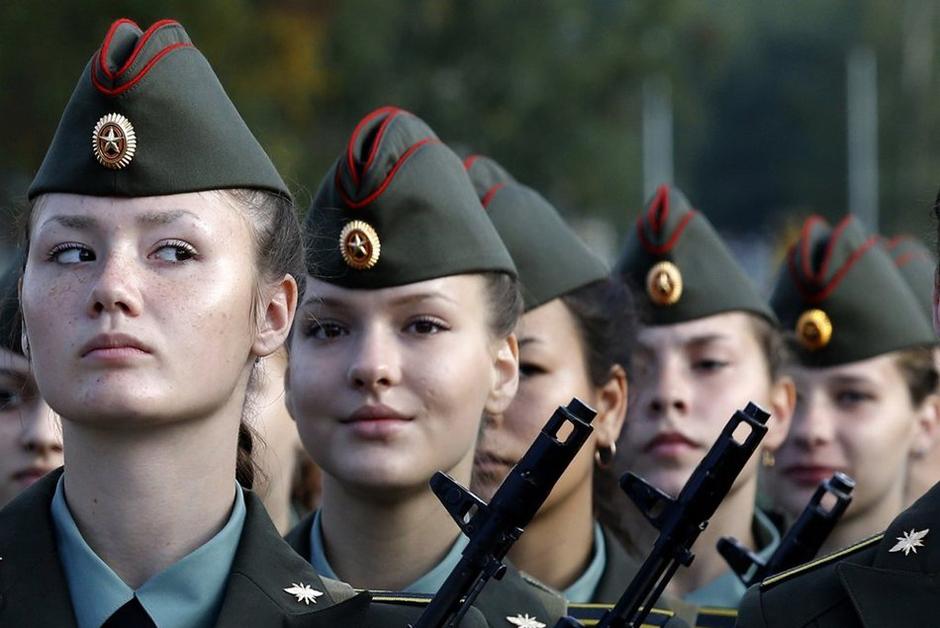 Все женщины-военнослужащие имеют право на полноценный декретный отпуск