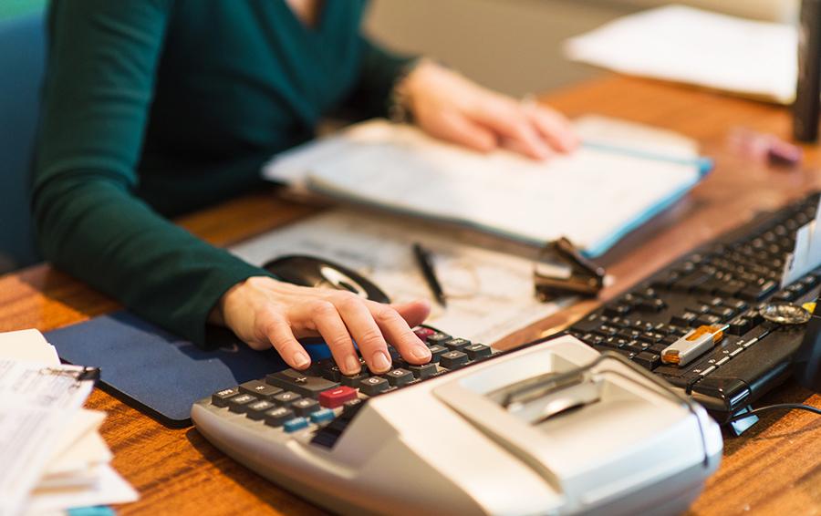 Финансовые излишки в отчете часто оформляются в виде авансового счета
