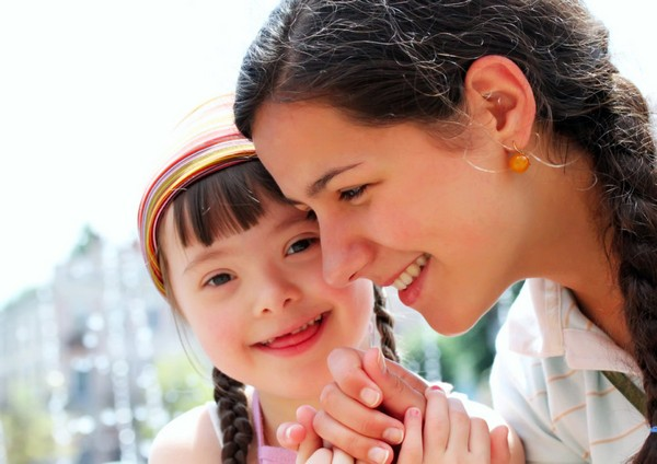 Если был усыновлен ребенок-инвалид, пособие будет несколько выше