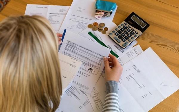 Нужно предоставить пакет определенных документов в налоговую службу для получения вычета