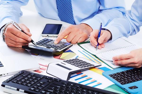 Заработная плата сотрудникам выдается после вычета налогов