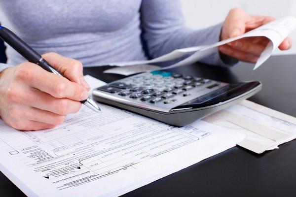 В справке указываются данные о зарплате обязательно за два предыдущих года
