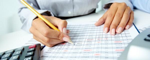 С доходов также вычитываются взносы в ПФР, ОМС и проч.