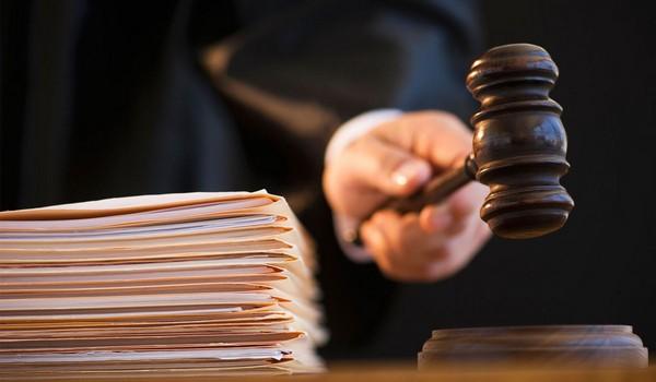 Если гражданин считает, что ему отказали в выплатах без основания, он может обратиться в суд