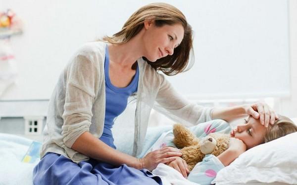 Родитель имеет право взять больничный при болезни ребенка