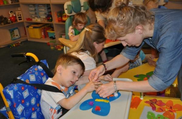Если в детский сад ходит ребенок-инвалид, родители не выплачивают никаких средств