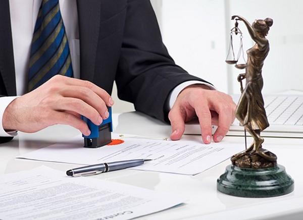 Юрист поможет правильно оформить исковое заявление в суд