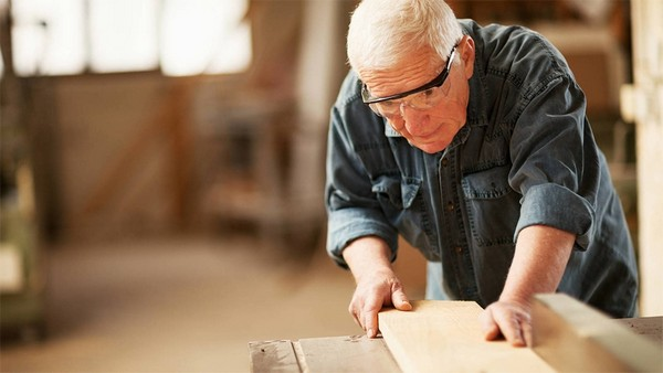 Для оформления пенсии необходимо обратиться в то ведомство, где служил гражданин