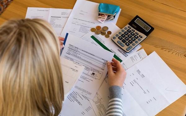 Можно предоставить документы на получение вычета до конца года, в котором у человека появилось право на него