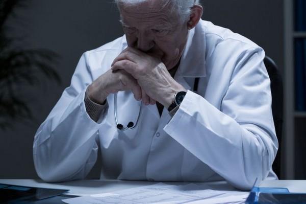 Для медицинских работников досрочные пенсии также не отменены, однако пенсионная реформа частично коснется и их