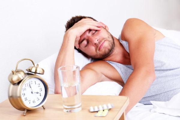 Федеральное законодательство не требует в обязательном порядке заранее уведомлять работодателя о болезни в отпускной период