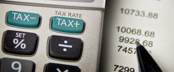 Граждане, приобретая товары и пользуясь платными услугами, могут получить назад часть потраченных средств в виде процента от ими же уплаченного подоходного налога