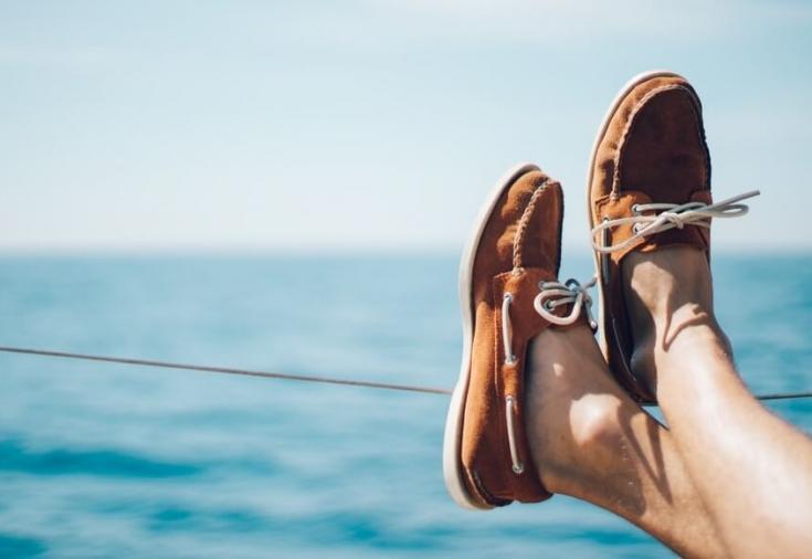 Отпускные должны быть выплчены сотруднику не позднее трех дней до начала непосредственного отпуска