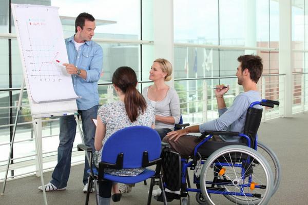 Вторая категория инвалидности позволяет гражданину выполнять некоторые виды работ, если характер деятельности и условия труда соответствуют способностям инвалида