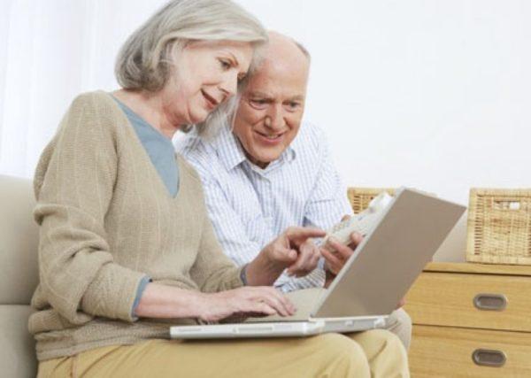 У пенсионеровприсутствует возможность оформления вычета за мужа или жену